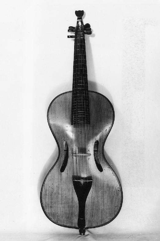 Arpeggione built by Johann Georg Staufer, Vienna, 1824 (Musikinstrumenten-Museum, University of Leipzig)