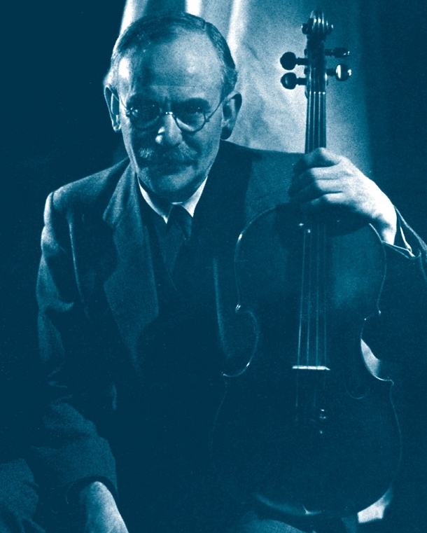 Lionel Tertis, famous viola player, pioneer soloist